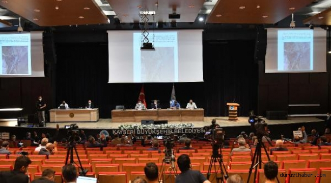 Büyükşehir meclisinde 46 gündem maddesi karara bağlandı