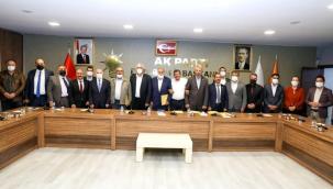 İYİ Parti'de istifa depremi: Tamamı AK Parti'ye geçti