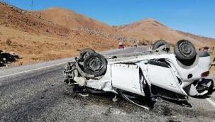 Bitlis'te otomobil takla attı: 1 ölü, 4 yaralı